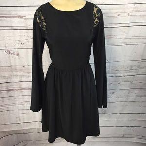 Xhilaration Bell Sleeve Lace Dress size Medium!
